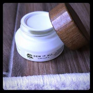 Dew It All  Farmacy total eye cream